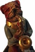 Saxophone spielender Hund als Spieluhr