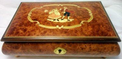 Rokoko Tanzpaar, Holz Spieluhr, Schatulle mit Intarsien